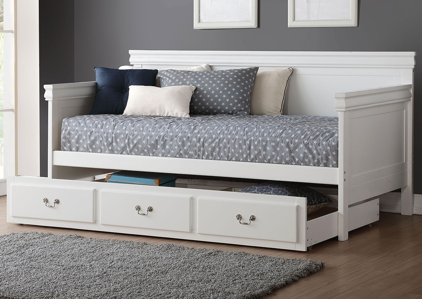 Bailee White Twin Daybed,Acme
