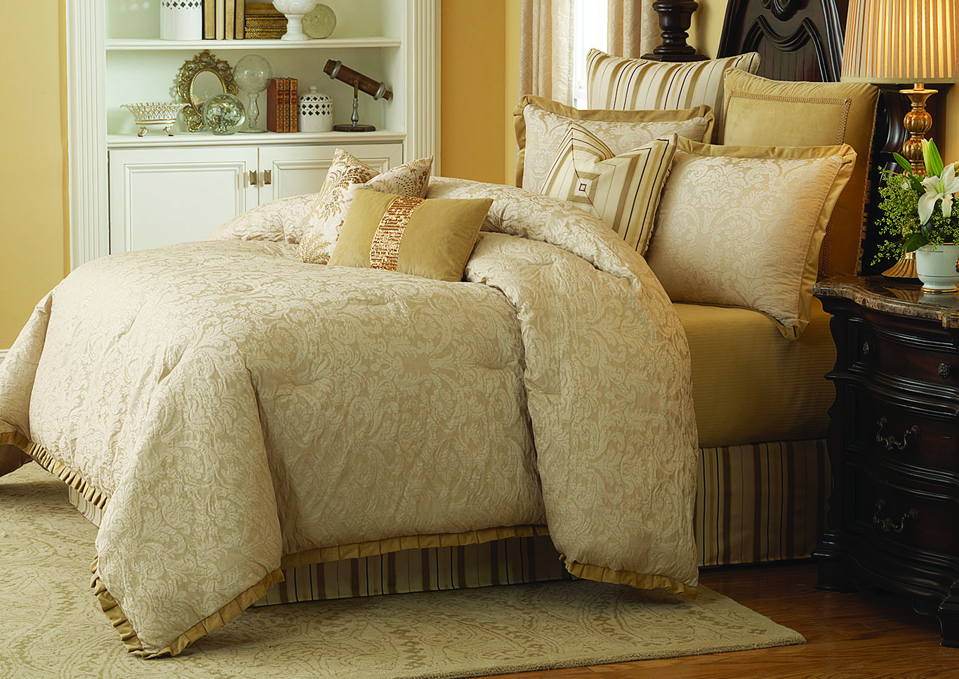 Carlton Gold 9 pc. Queen Comforter Set,AICO