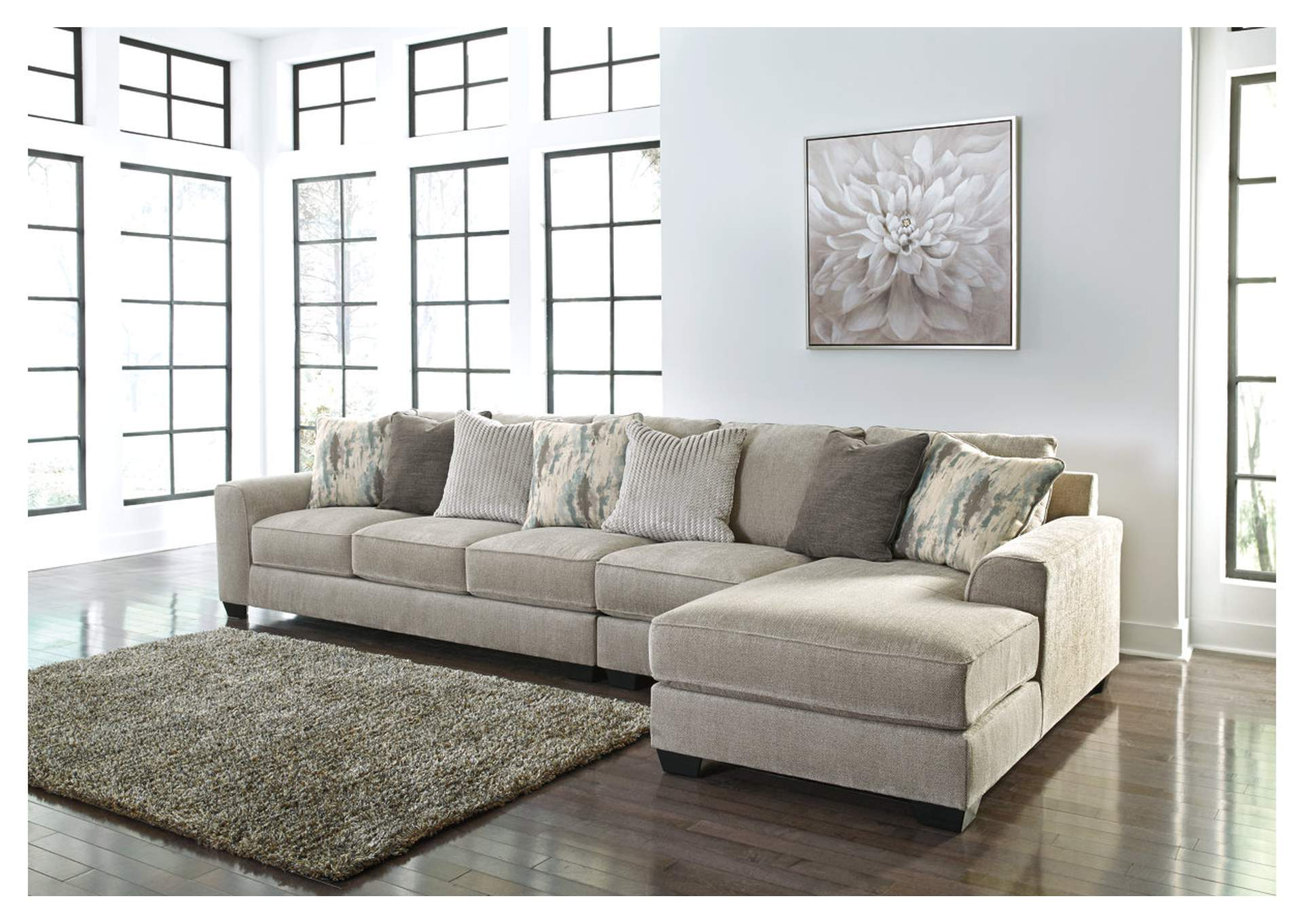 Ardsley 3-Piece Sectional with Chaise,Benchcraft