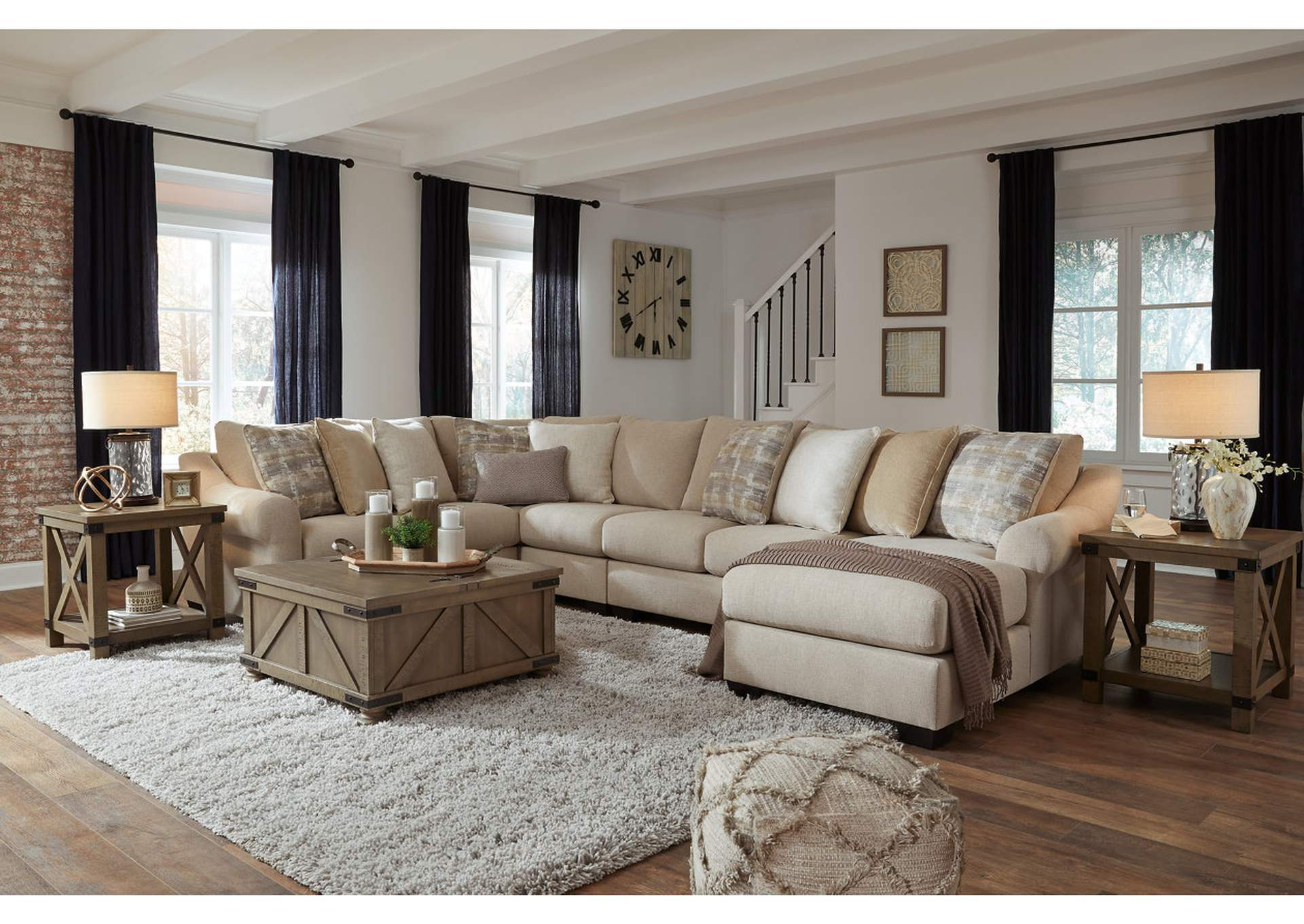 Ingleside 5-Piece Sectional with Chaise,Benchcraft