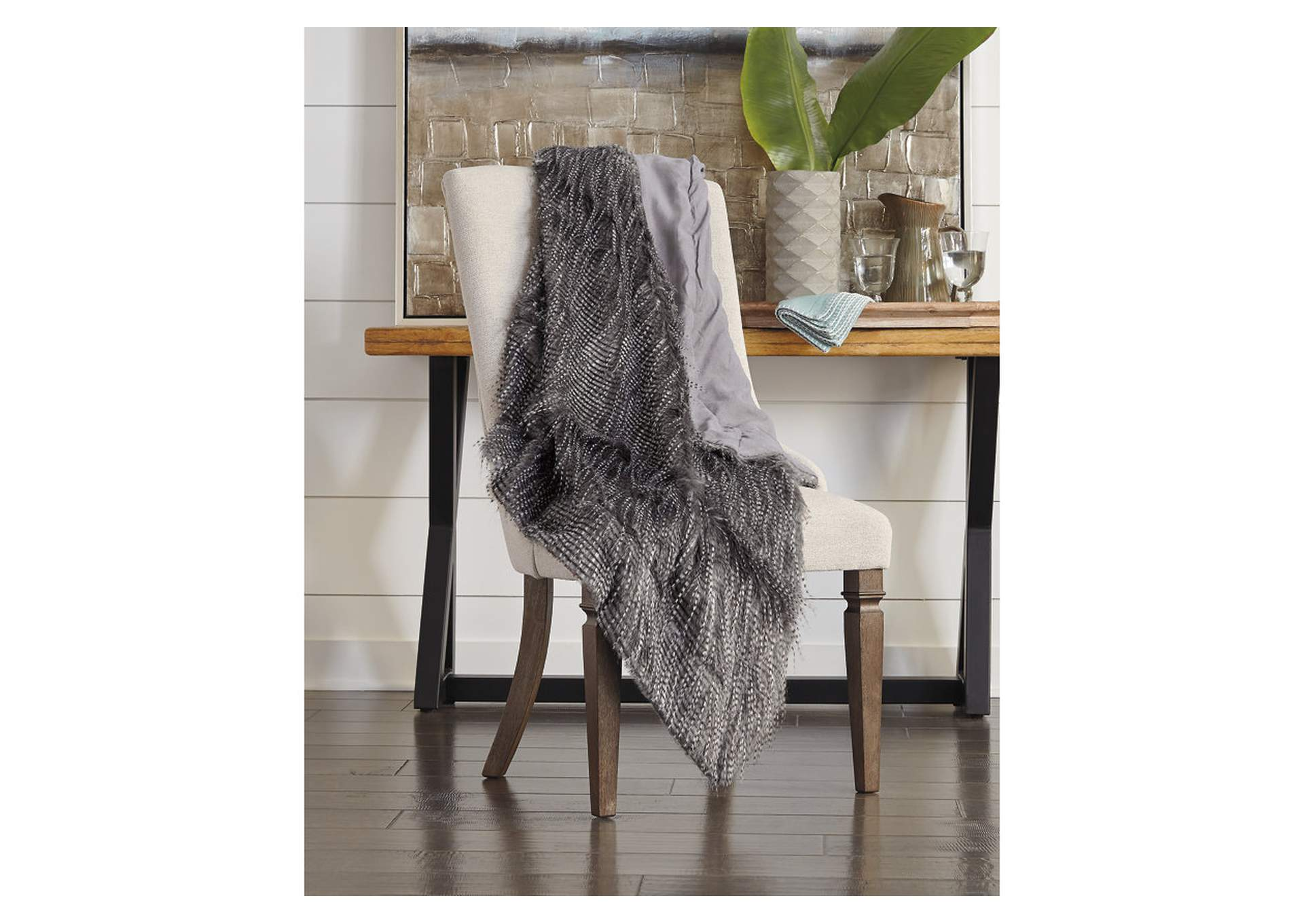 Ryley Gray Throw (Set of 3),Signature Design By Ashley