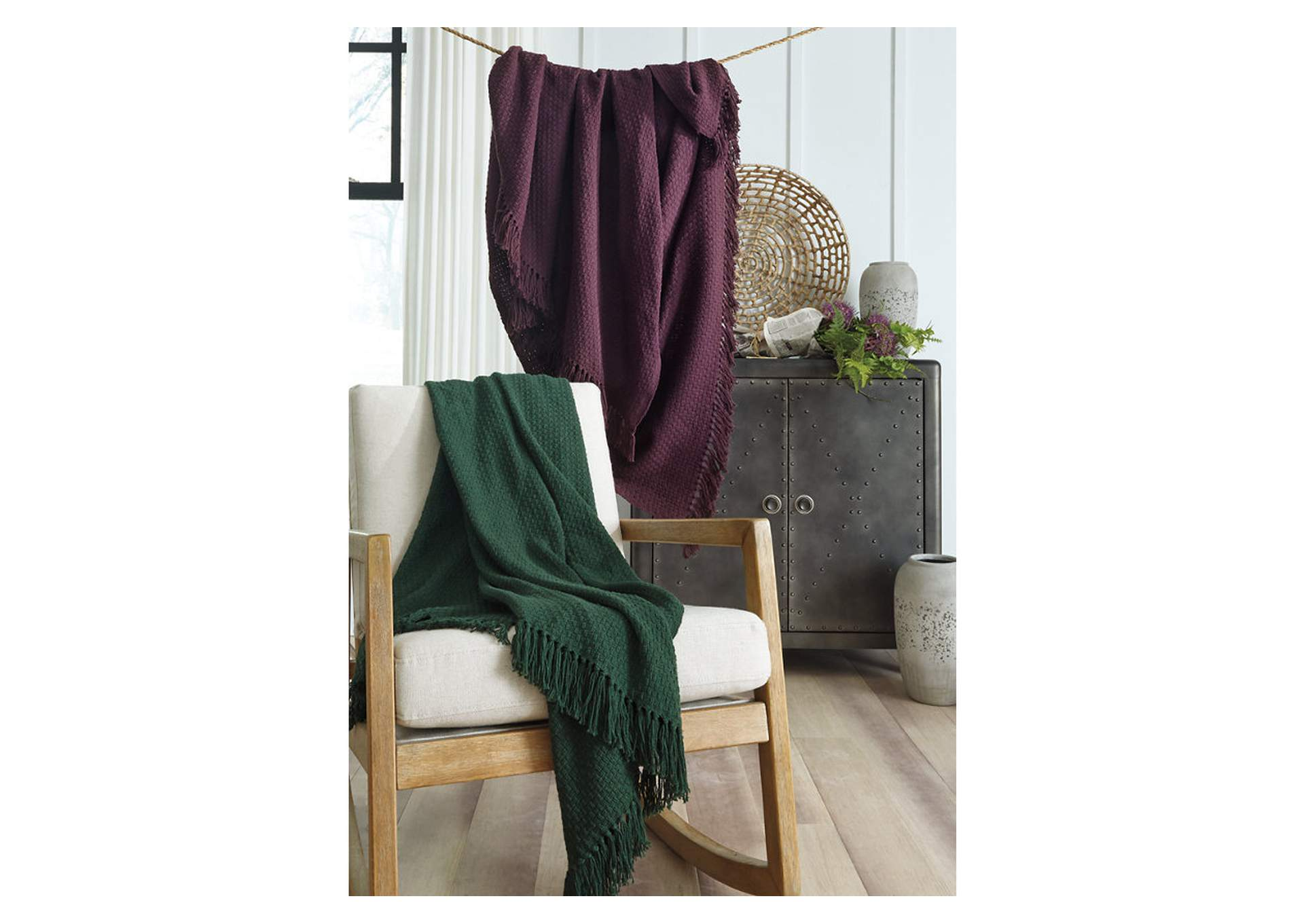 Yasmin Wine Throw (Set of 3),Signature Design By Ashley