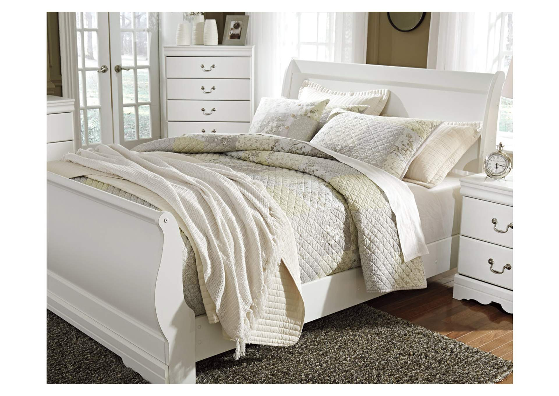 Anarasia White Full Sleigh Bed,Direct To Consumer Express