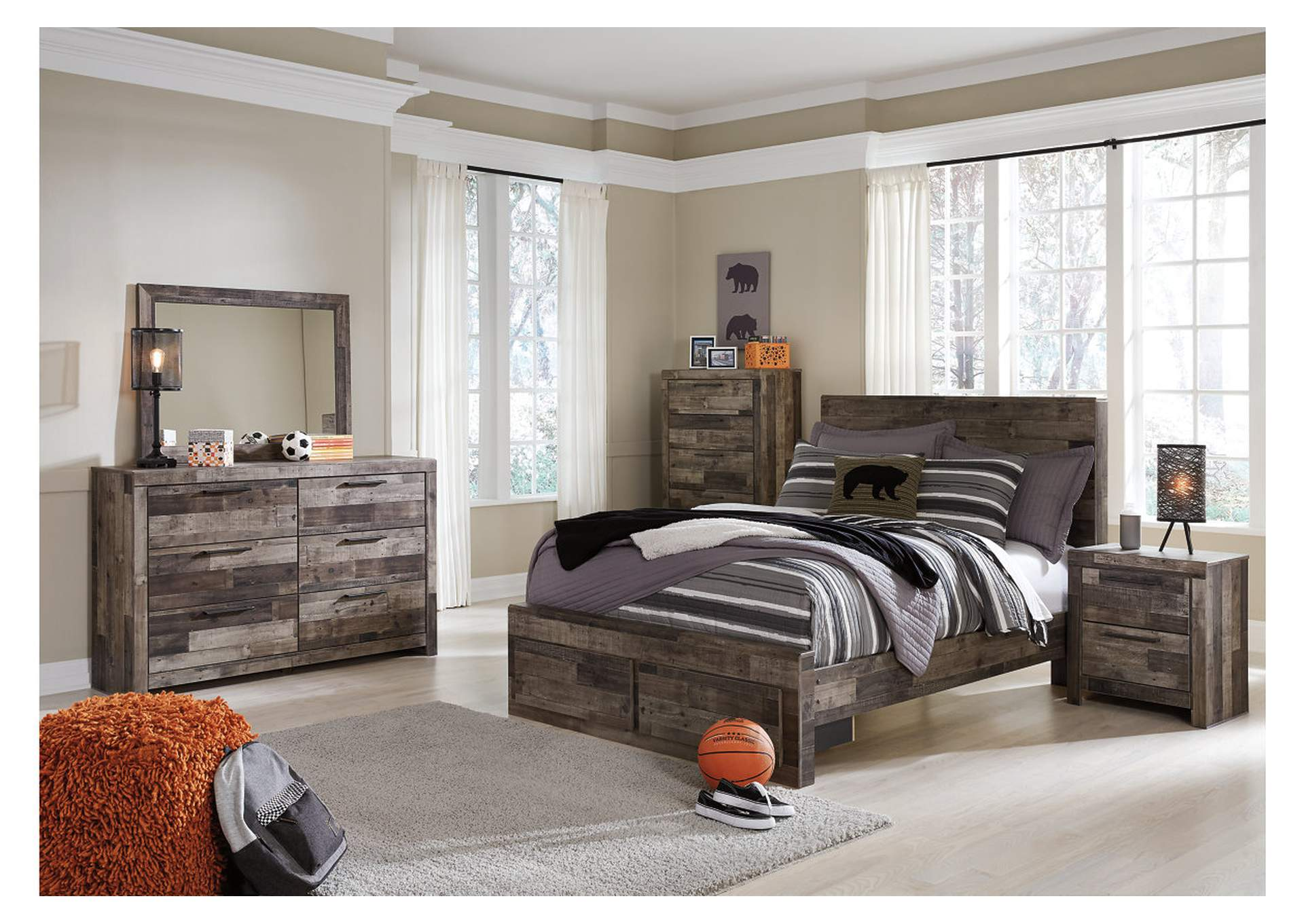 Derekson Full Platform Bed w/Dresser and Mirror,Benchcraft
