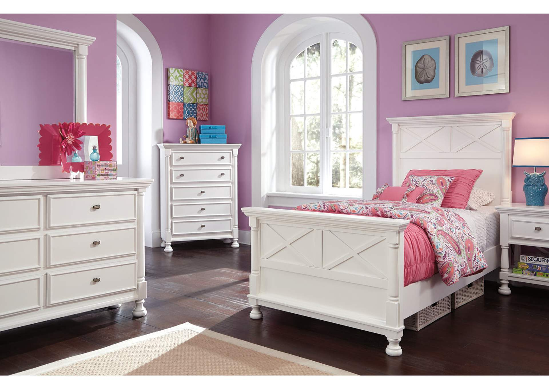 Kaslyn Chest,Signature Design By Ashley