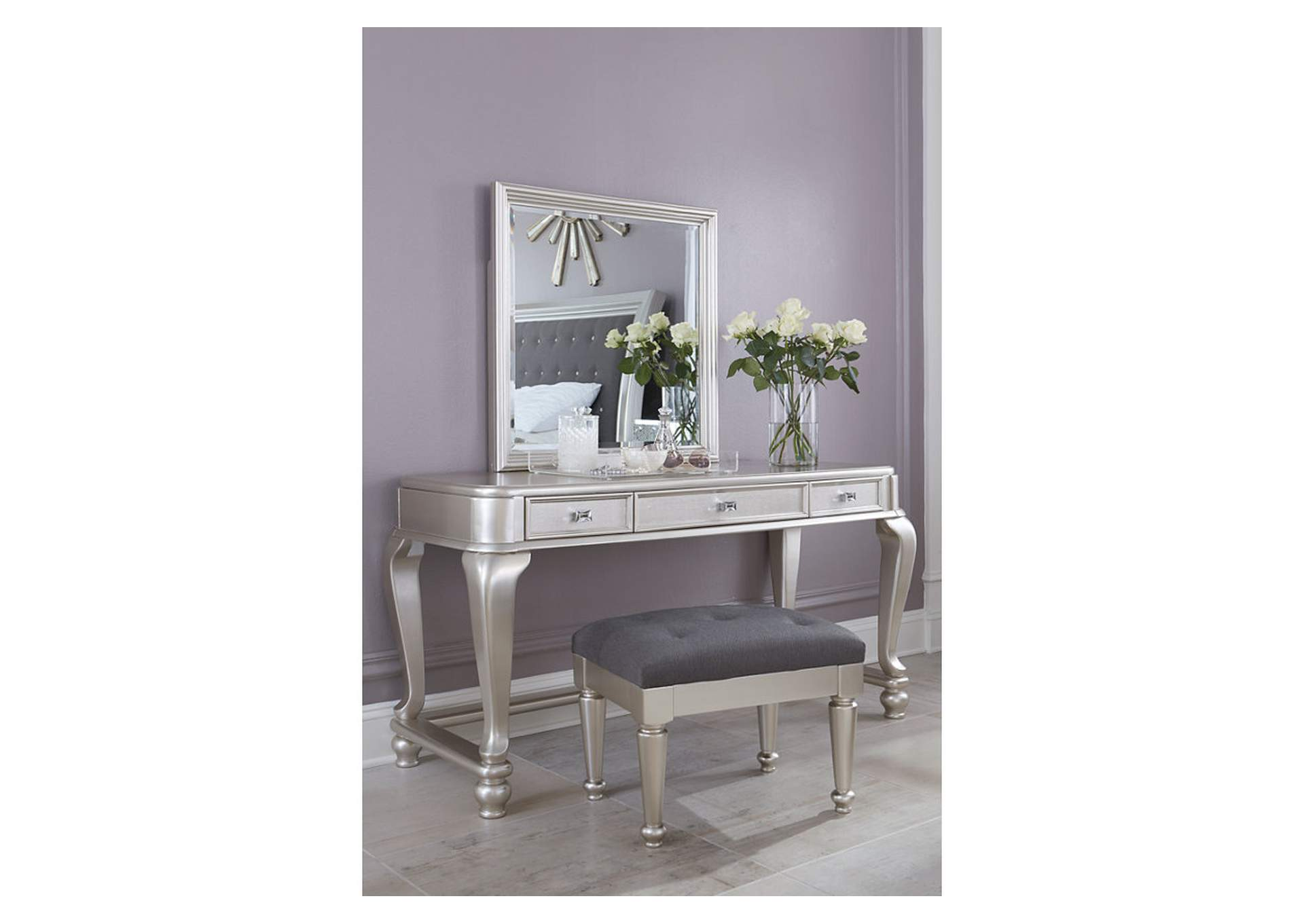 Coralayne Vanity,Signature Design By Ashley