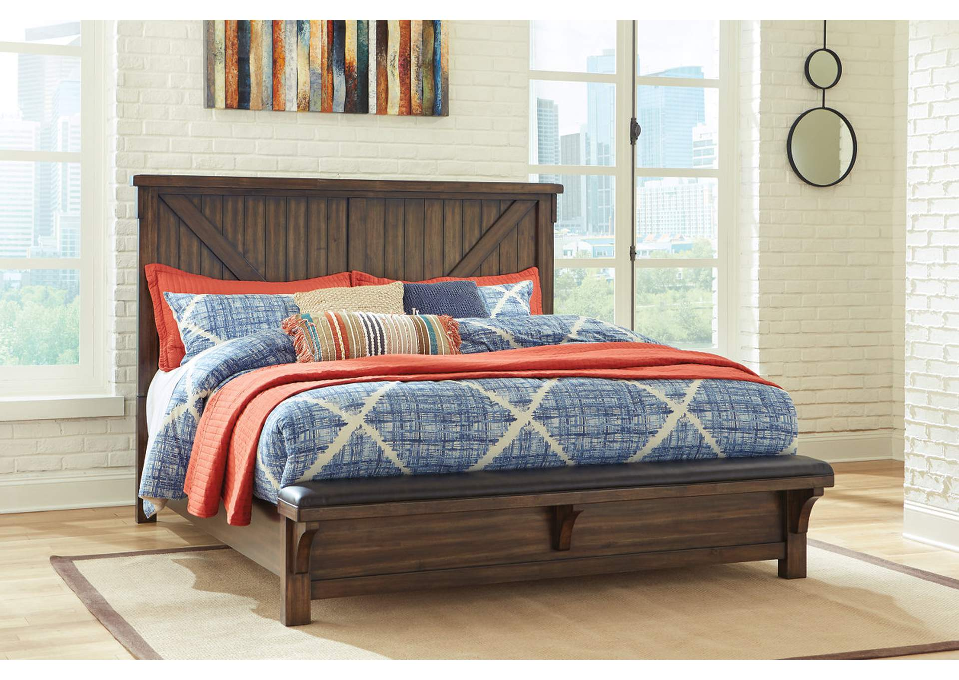 Lakeleigh Brown Queen Bed w/Bench Footboard,Signature Design By Ashley