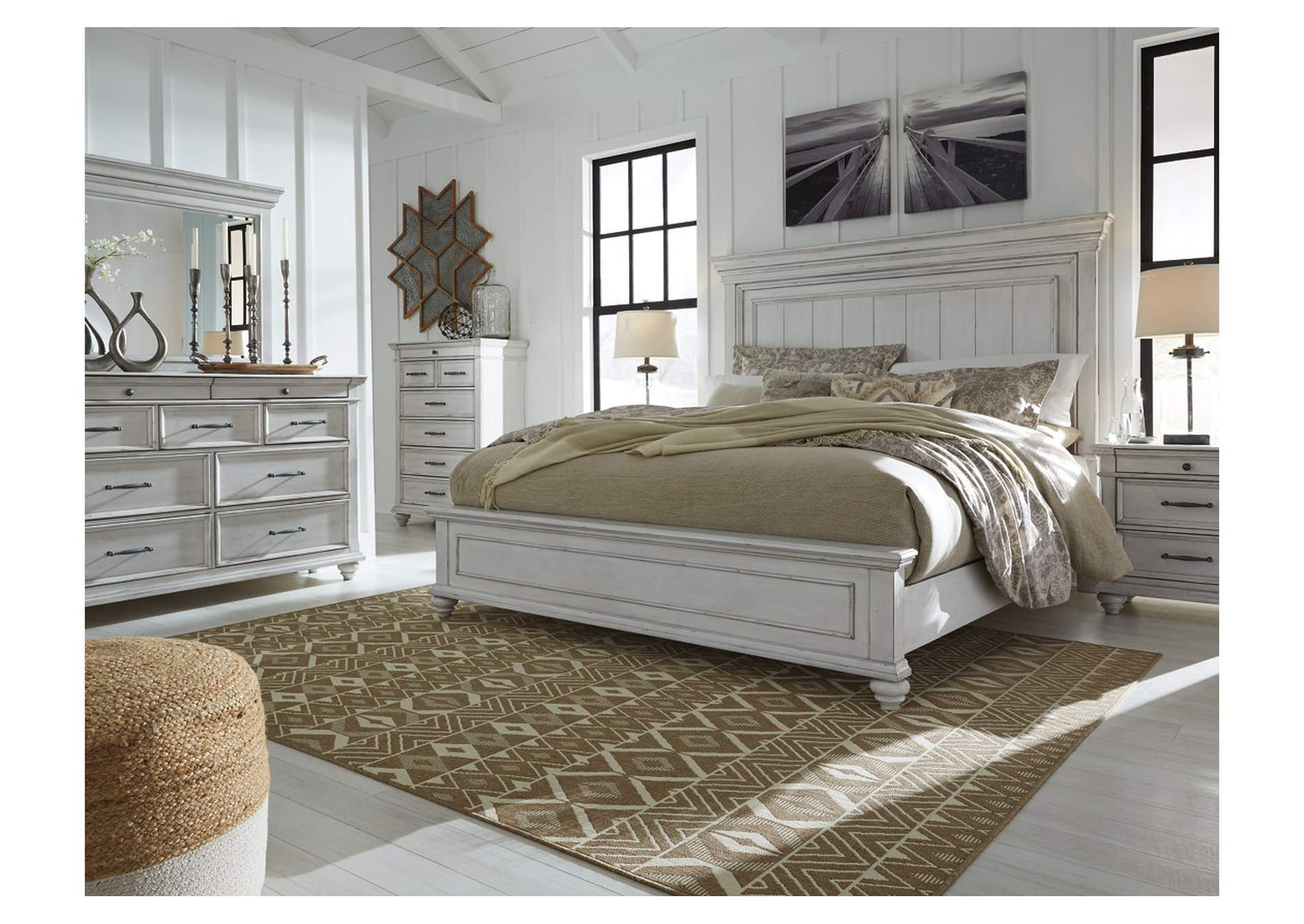 Kanwyn Whitewash Queen Panel Bed,Benchcraft