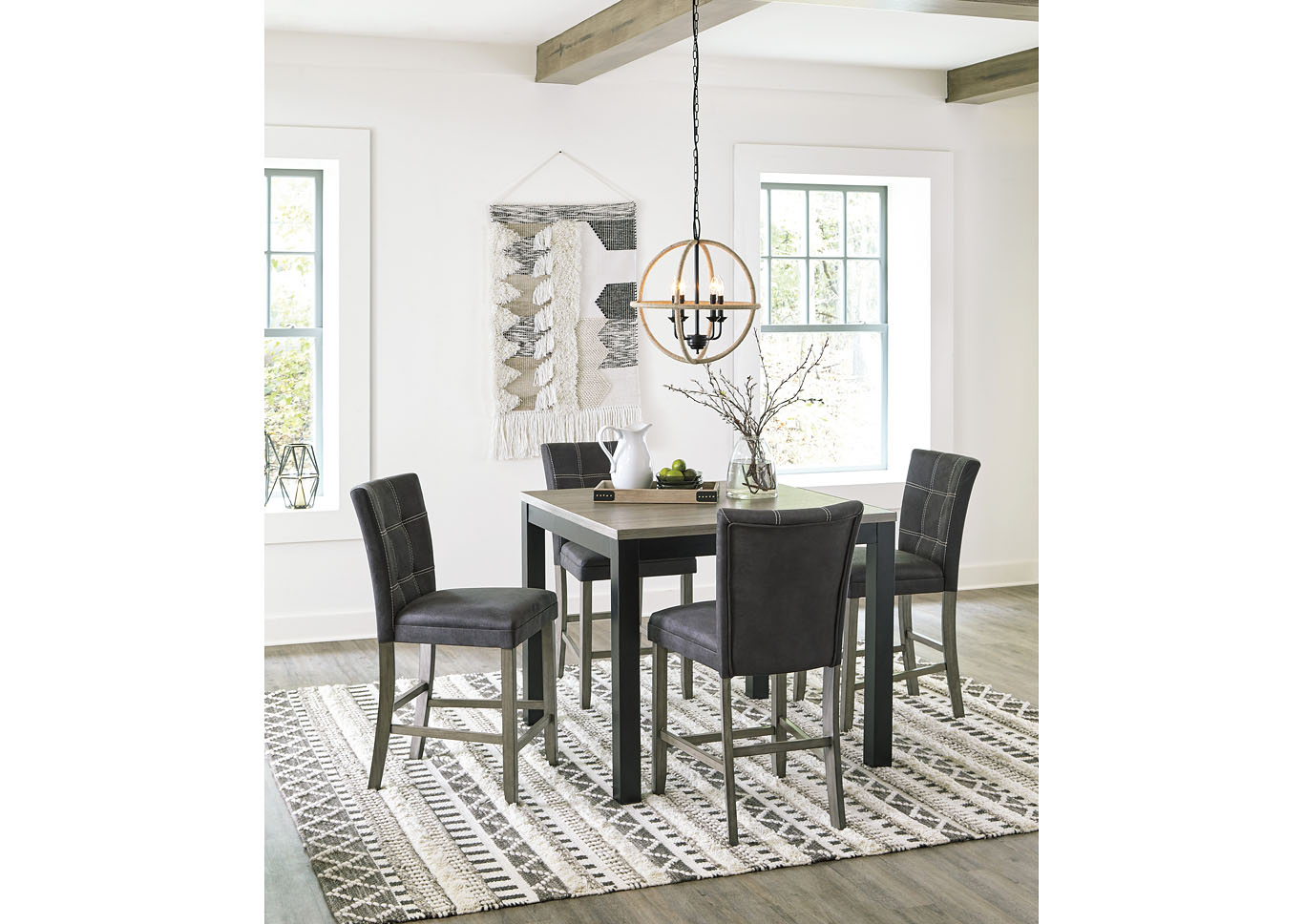 Dontally Two-tone Counter Height Dining Room Table w/4 Bar Stool,Benchcraft
