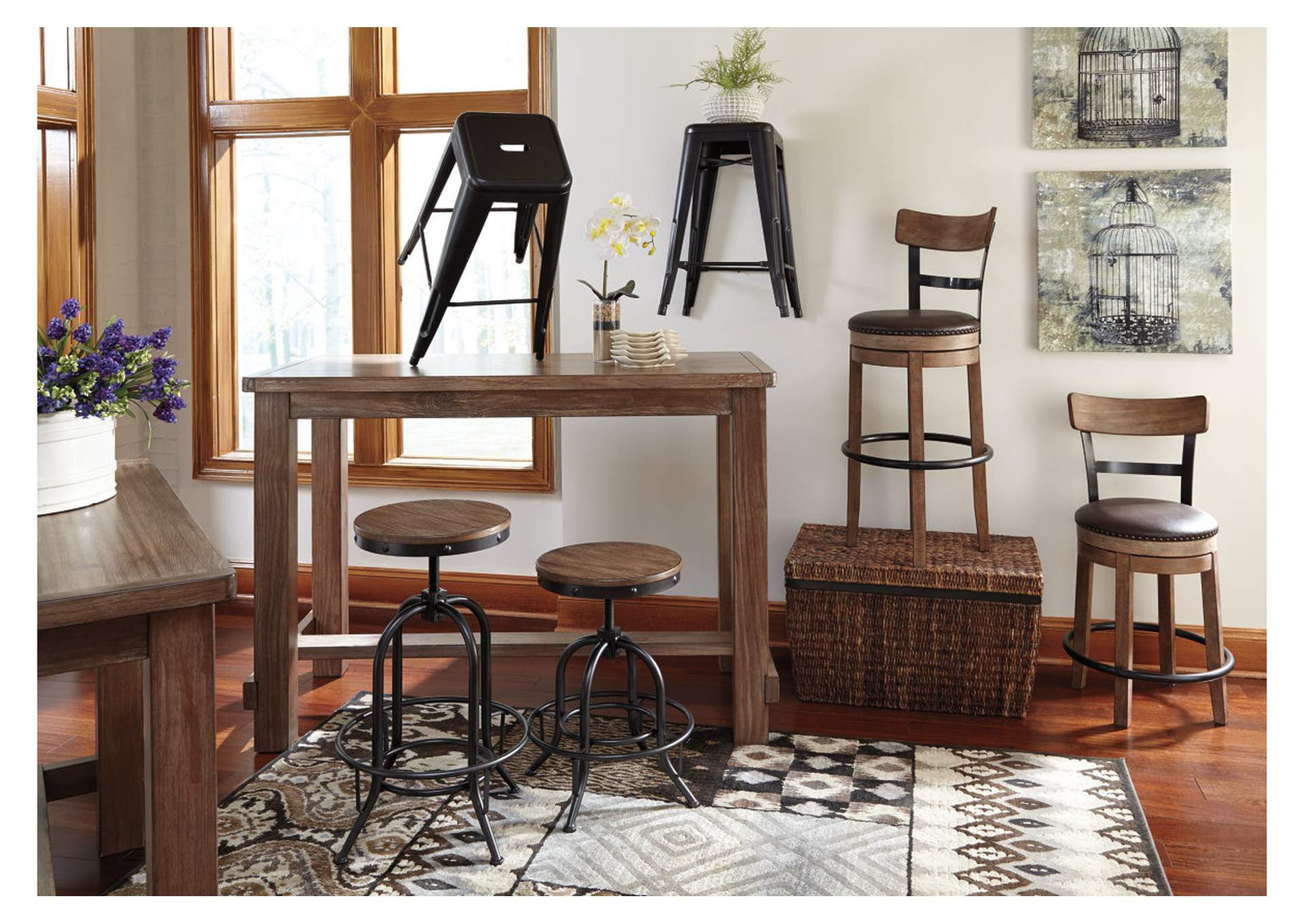 Pinnadel Bar Height Bar Stool,Signature Design By Ashley