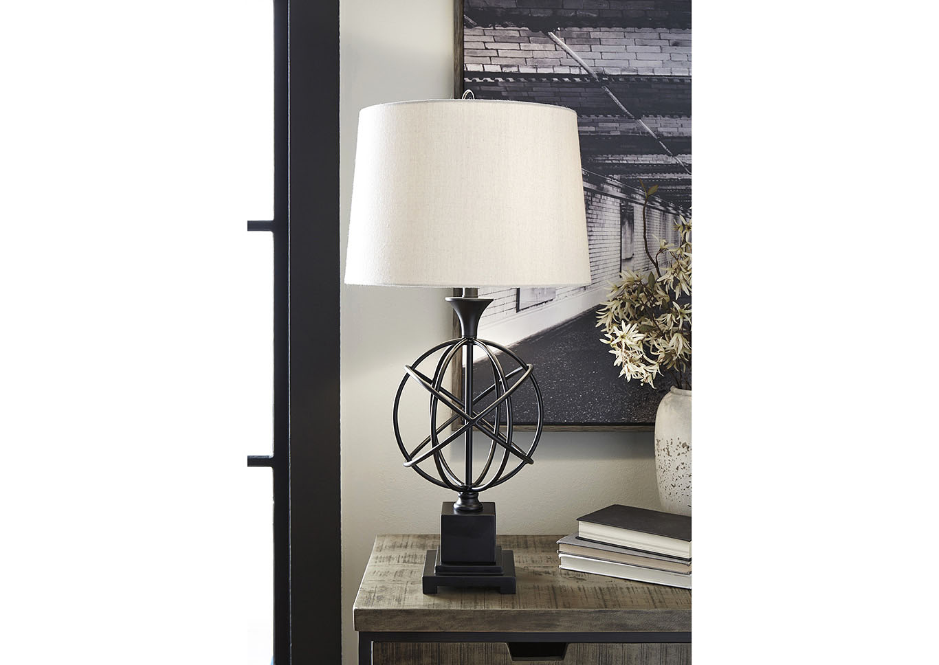 Camren Black Metal Table Lamp,Signature Design By Ashley