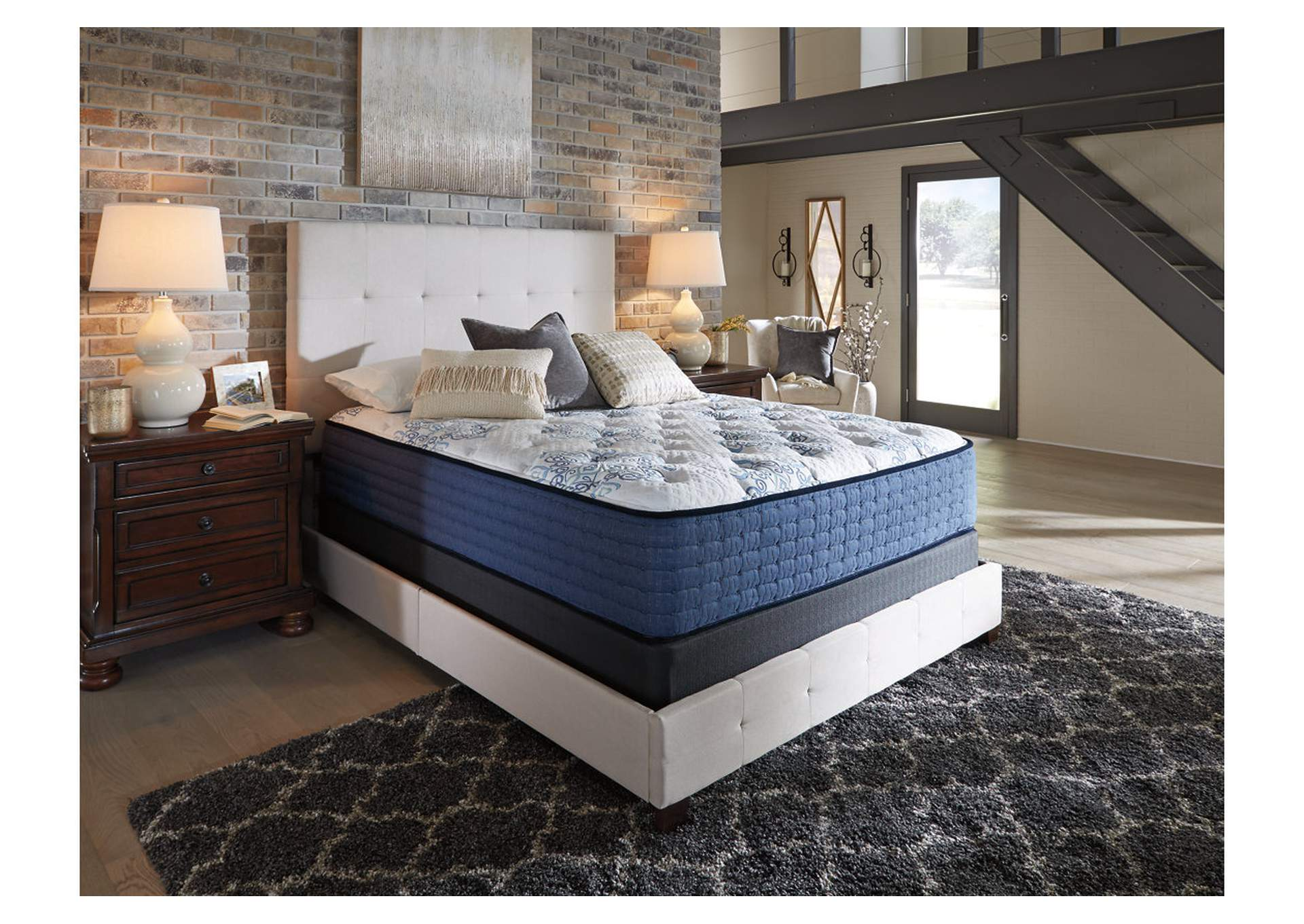 Mt. Dana White Firm California King Mattress,Direct To Consumer Express
