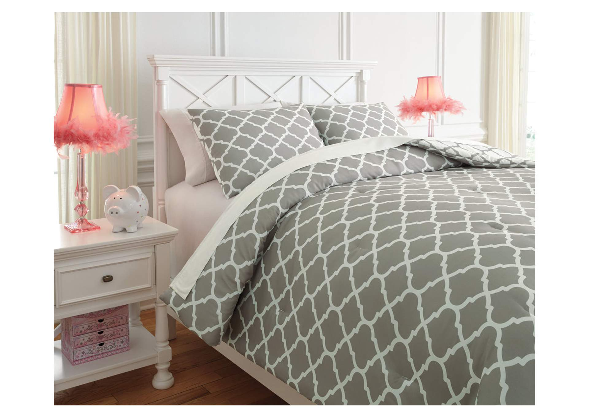 Media Gray/White Full Comforter Set,Signature Design By Ashley