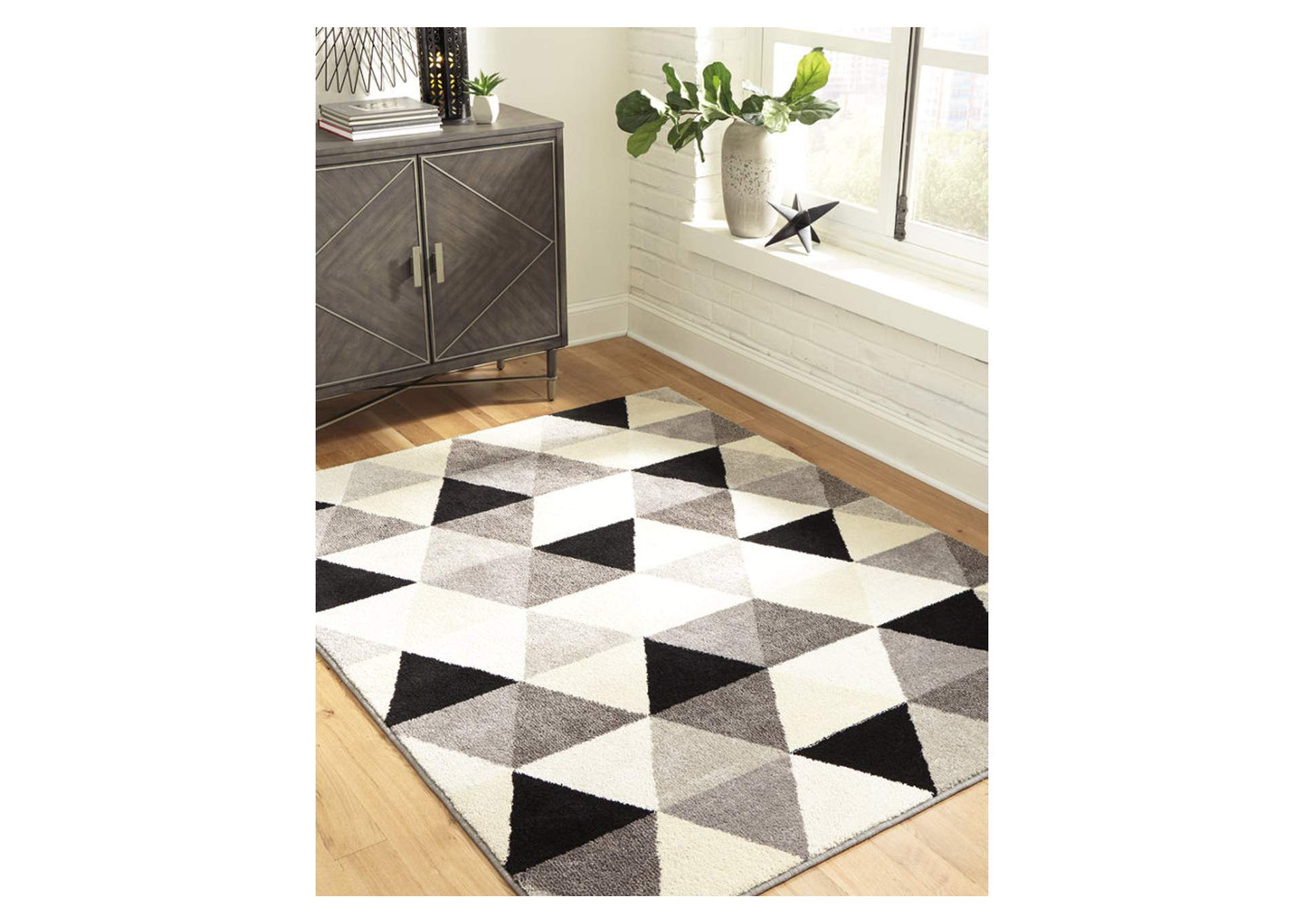 Jamaun Black/Cream Large Rug,Signature Design By Ashley