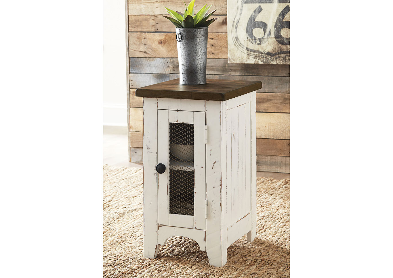 Wystfield White Chairside End Table,Signature Design By Ashley