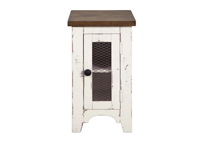 Wystfield White Chairside End Table
