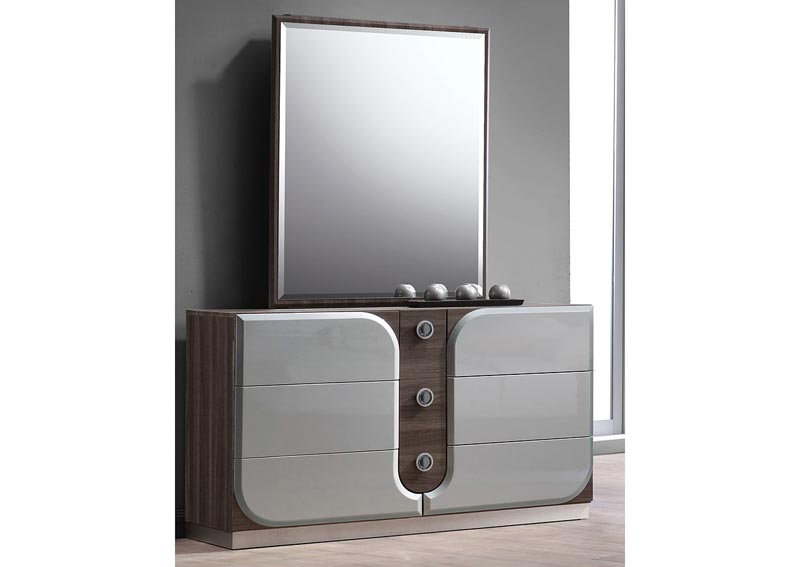 Image for London 6-Drawer Dresser w/Mirror