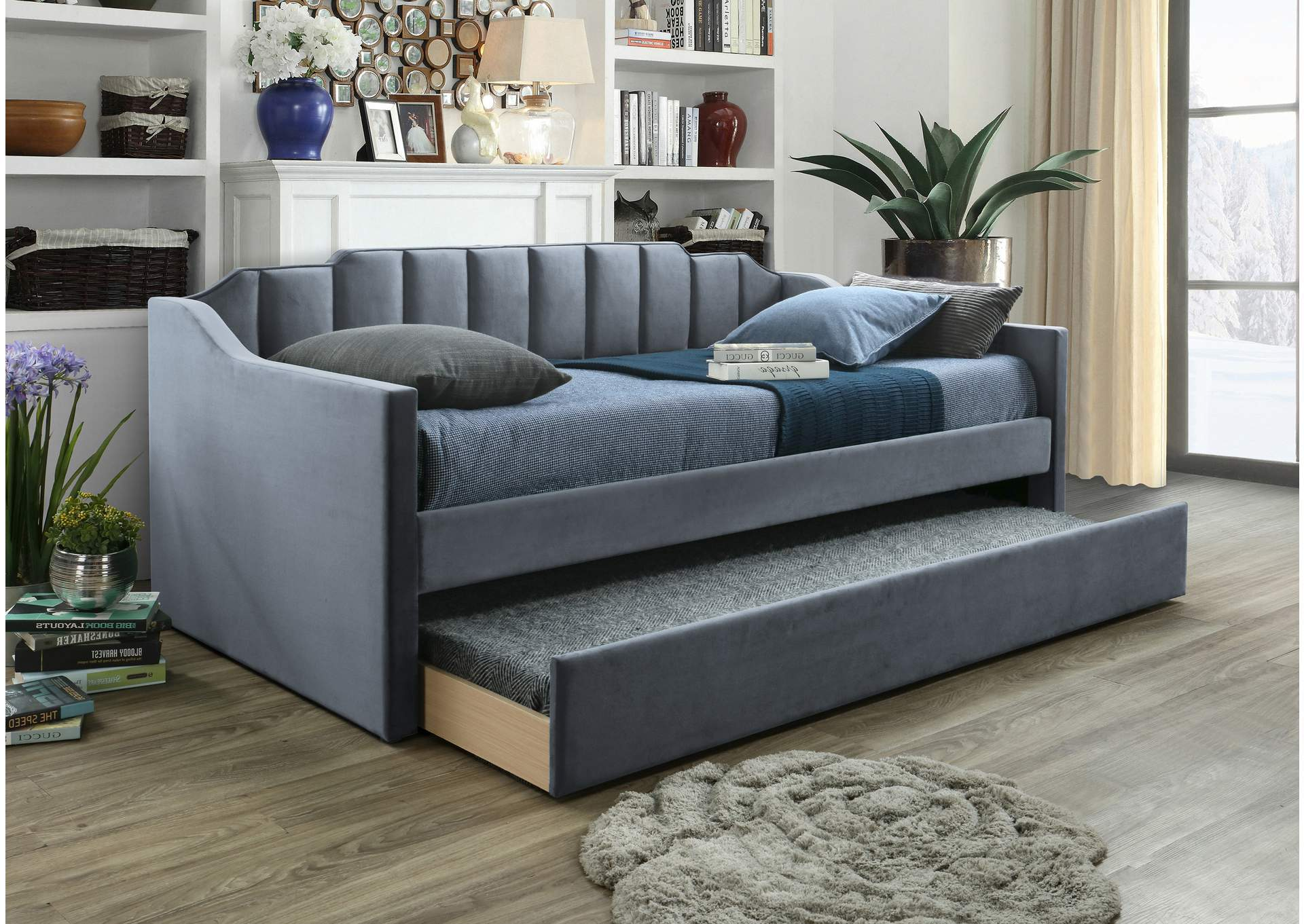 Menken Grey Daybed,Crown Mark