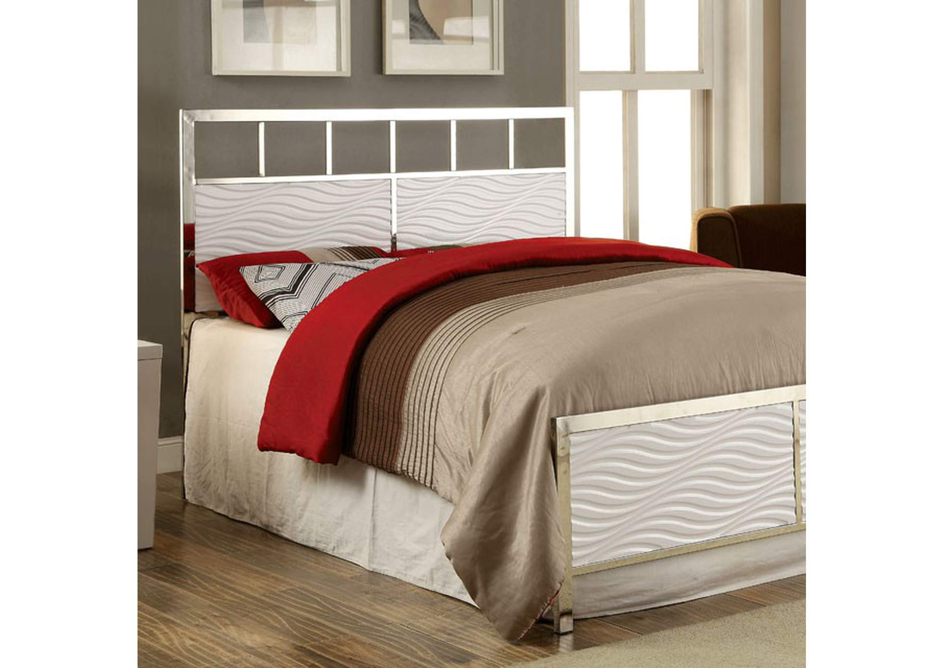 Calvin White Queen Panel Bed,Furniture of America