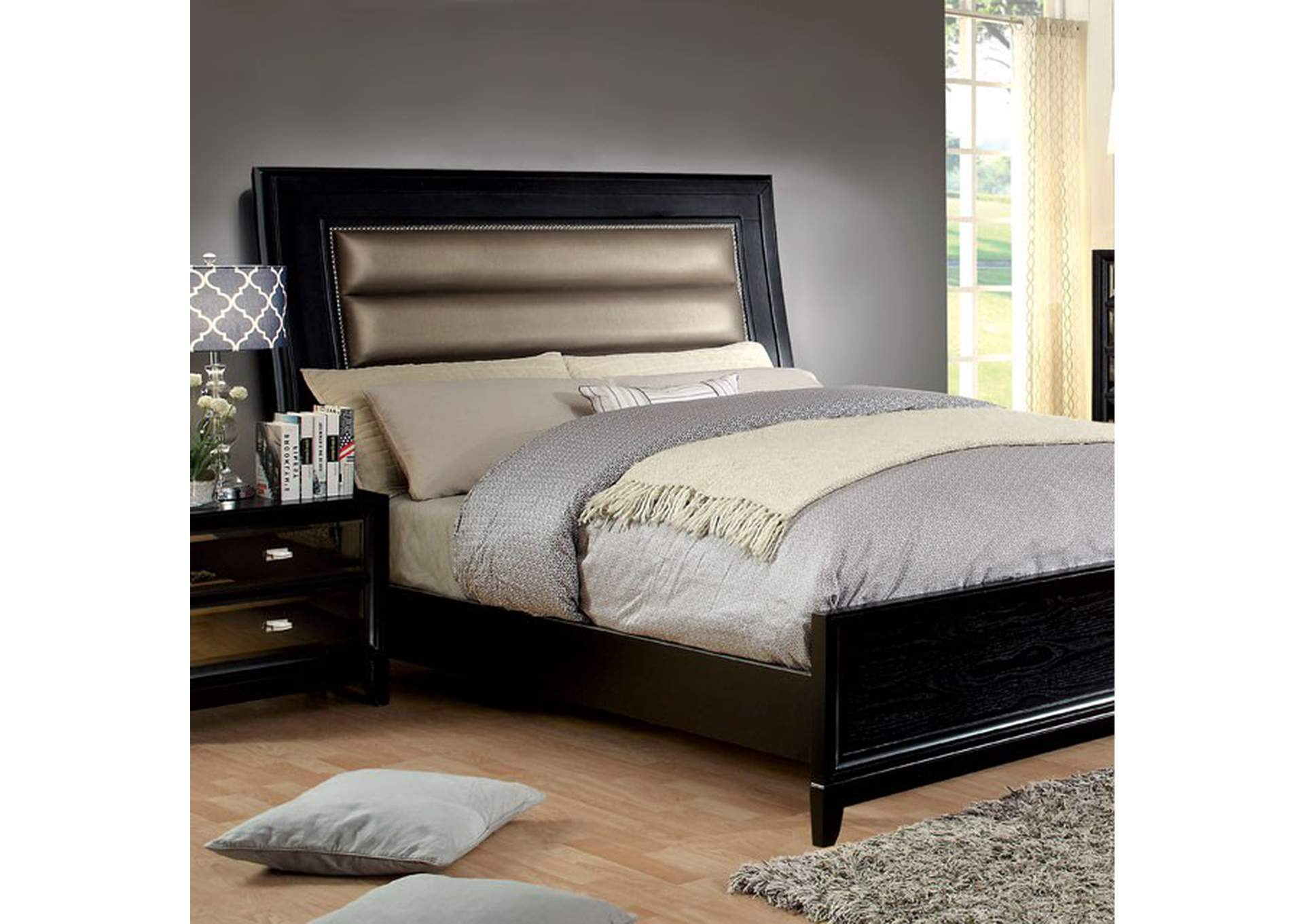 Golva Black Queen Bed,Furniture of America