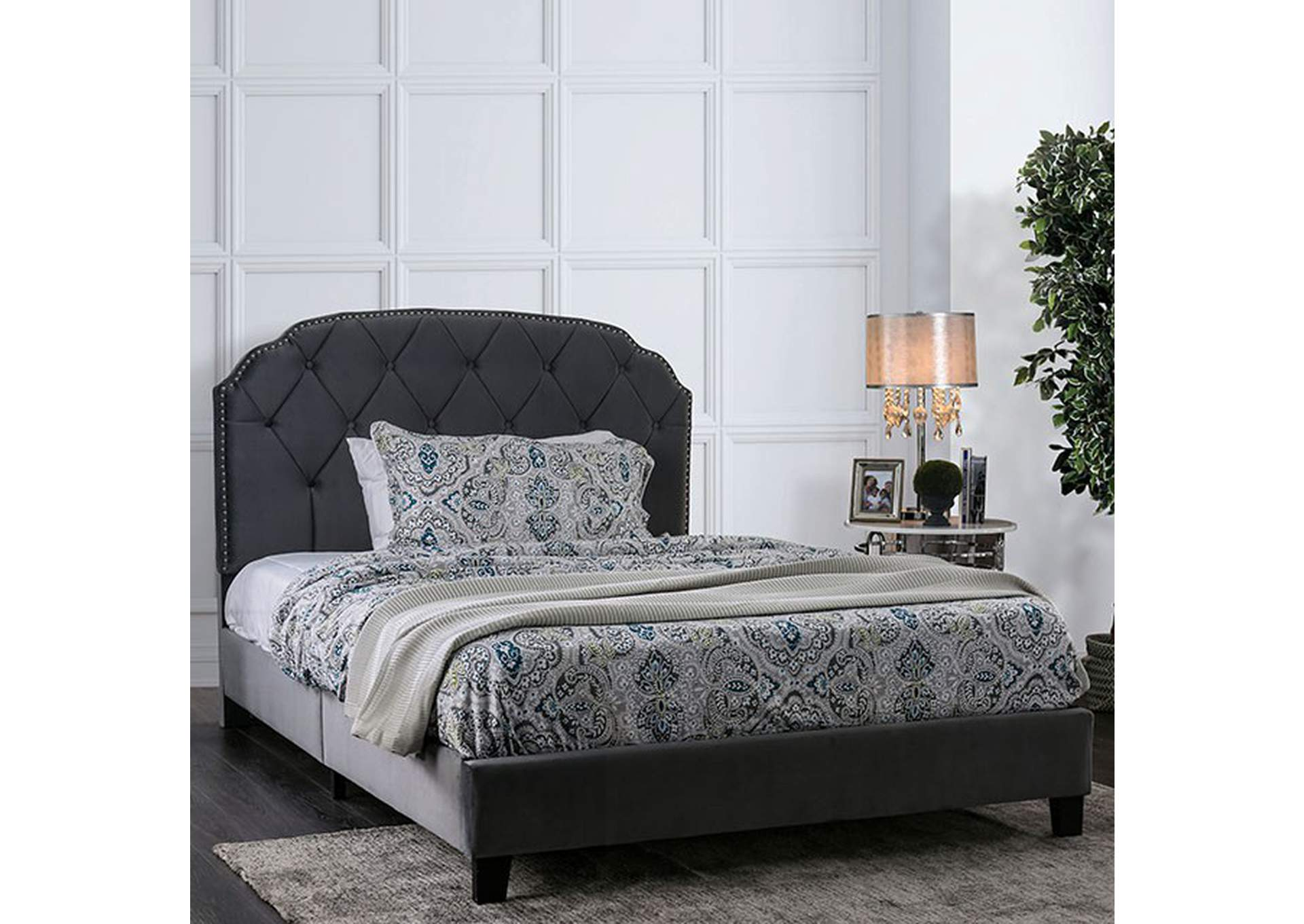 Osnabrock Gray California King Bed,Furniture of America