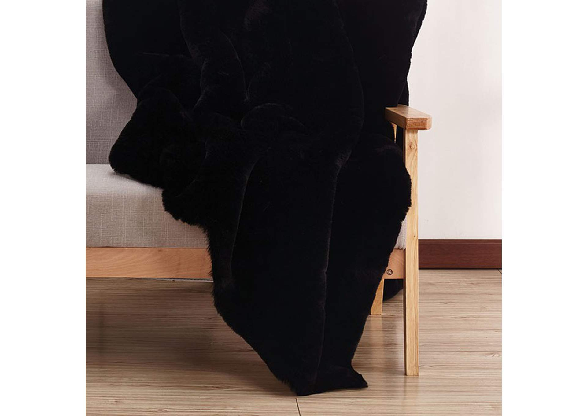 Caparica Black Throw Blanket,Furniture of America