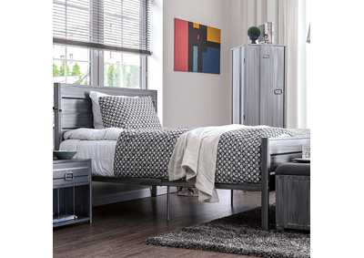 Mccredmond Silver Queen Platform Bed