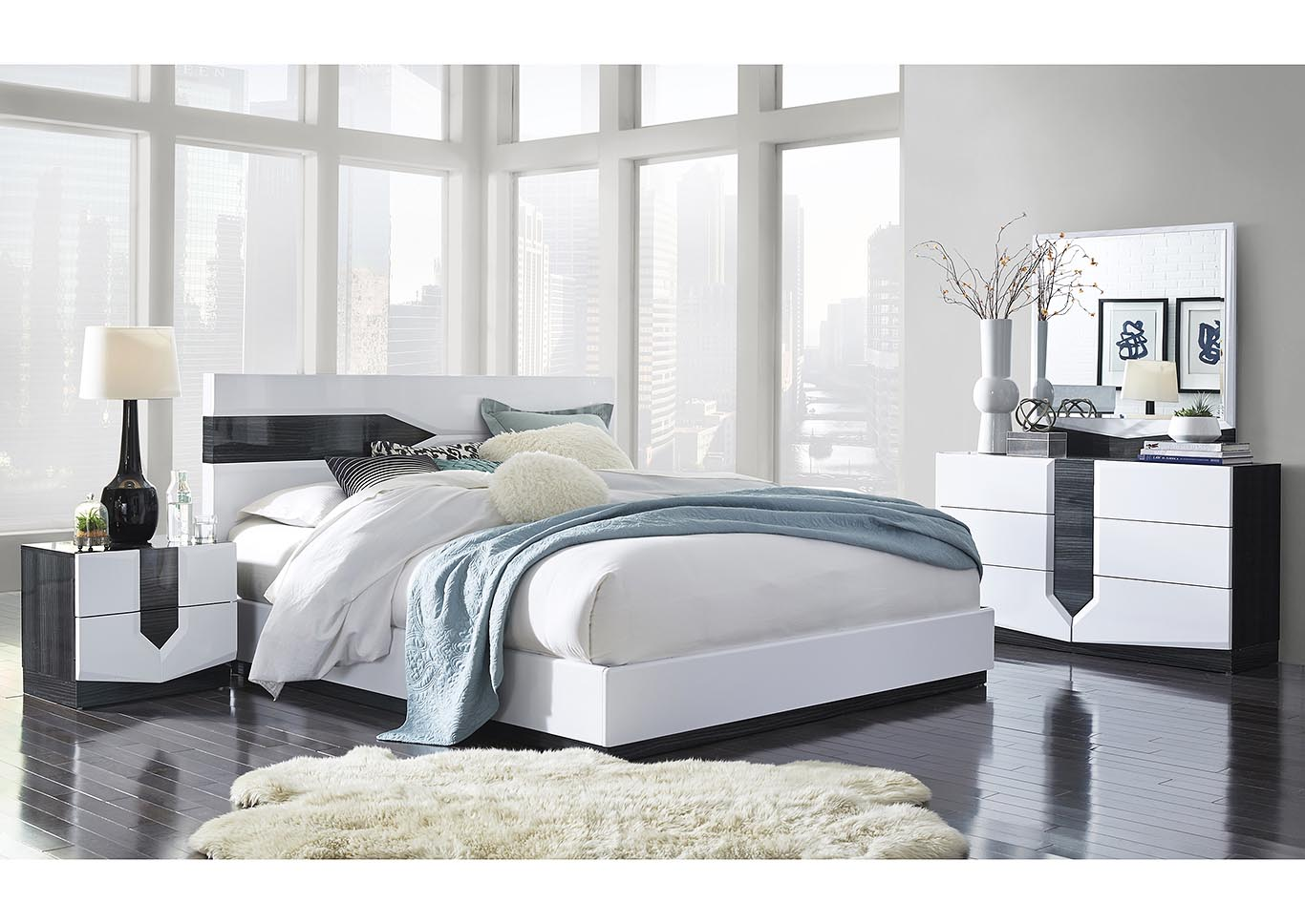 Hudson Grey/White King Platform Bed w/Dresser and Mirror,Global Furniture USA