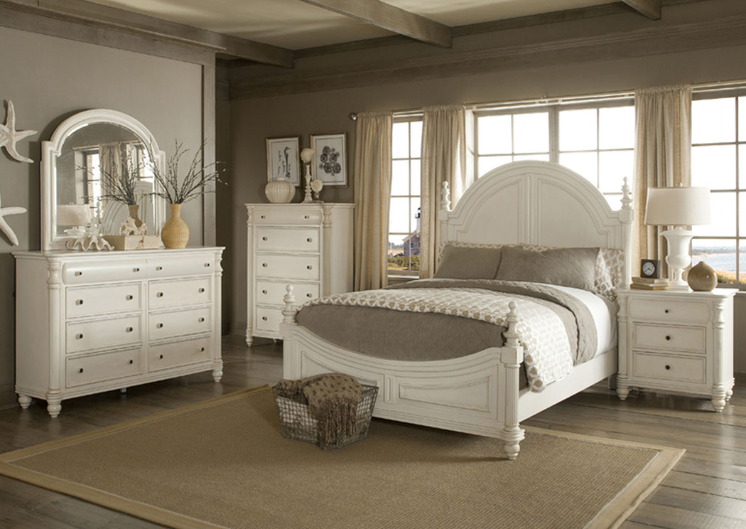 Eastport Queen Poster Bed, Dresser & Mirror,Klaussner Home Furnishings
