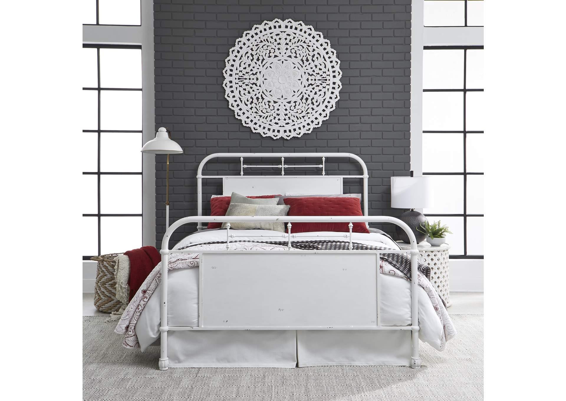 Vintage Series Distressed Metal Queen Metal Bed Antique White Roberts Furniture Mattress