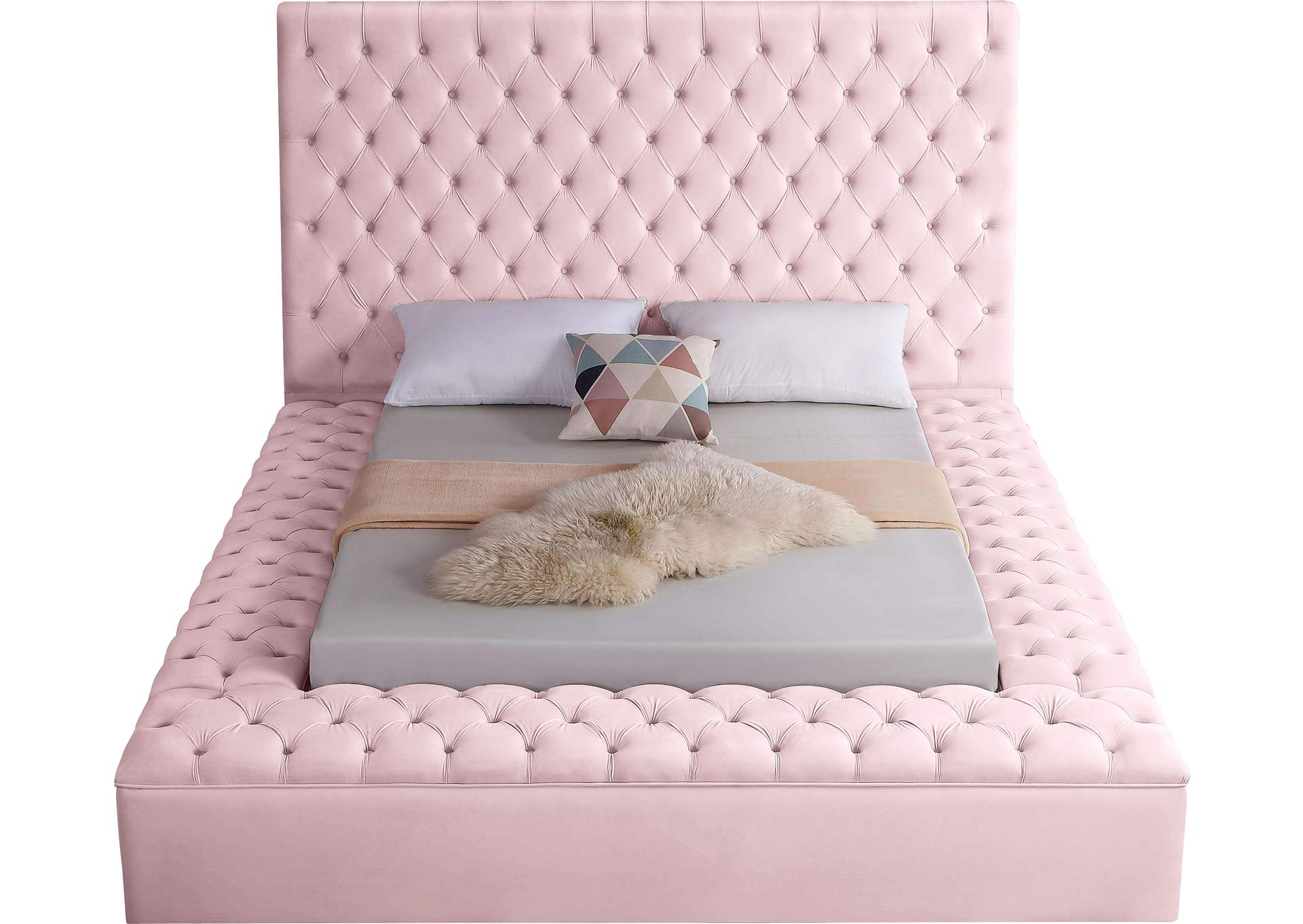 Bliss Pink Velvet Queen Bed (3 Boxes),Meridian Furniture