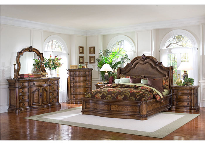 San Mateo Queen Sleigh Bed,Pulaski Furniture