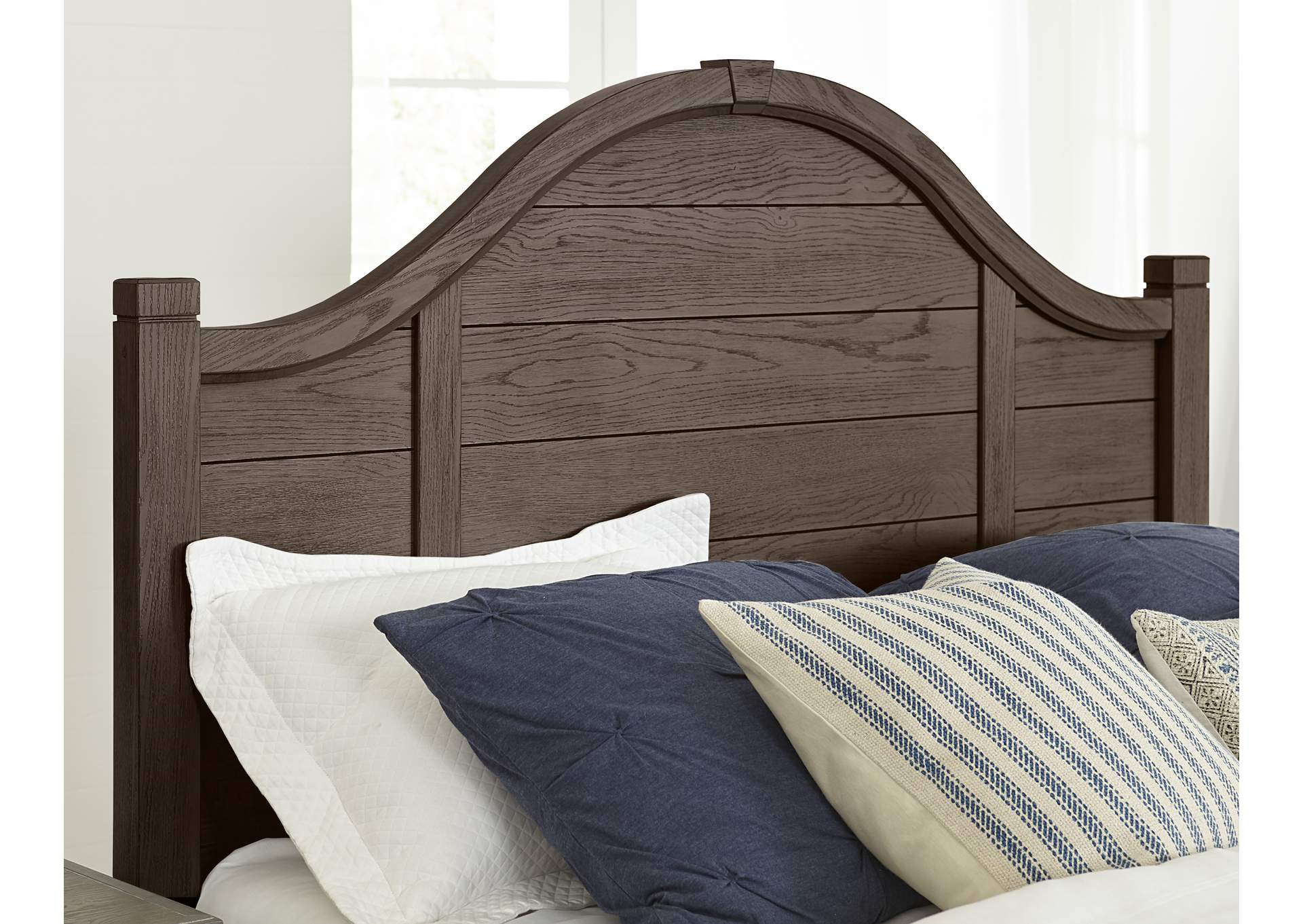 740 - Bungalow Folkstone Full Arch Storage Bed,Vaughan-Bassett